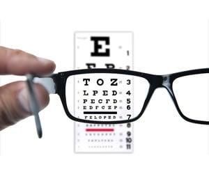 20150218_EyeChart_SS_201579395
